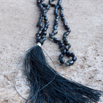 Black yoga beads Pearl and labradorite mala necklace Long dark grey boho necklace Nomad jewellery Handmade luxury hippie necklace Charcoal