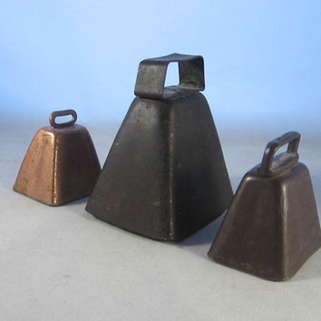 Vintage Metal Bells Rustic Primitives Cowbells