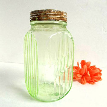 Vintage Hocking 1930's Green Depression large glass range / stove top shaker, ribbed paneled glass Hoosier shaker jar