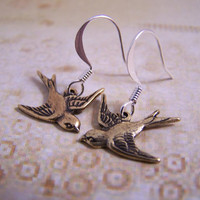 Simple Sparrow Earrings by GreyFrogDesigns on Etsy