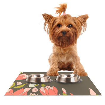 """Very Sarie """"Penelope I"""" Brown Coral Dog Place Mat"""