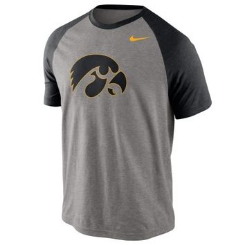 Nike Iowa Hawkeyes Big Play Raglan T-Shirt - Gray