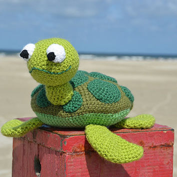 Seymore the Sea Turtle - Animal Crochet - Beach - Surfing - Ocean - Hawaii Theme - CROCHET PATTERN No.133