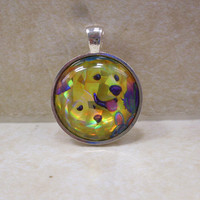 Lisa Frank CASEY AND CAYMUS Hologram Shiny Golden Retriever Dog Puppy Vintage Sticker Circle Pendant Charm Necklace
