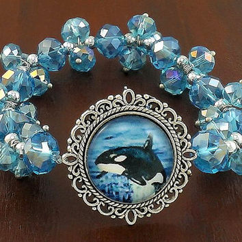 Orca - Killer Whale Sparkle Bead Stretch Bracelet - One Size Fits Most - Free Shipping in Canada
