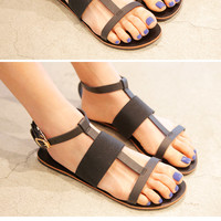 Strap Banded Buckle Sandals