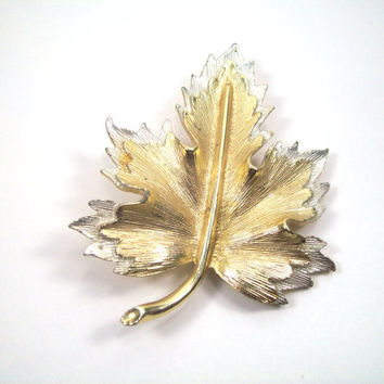 Gold and Silver Two Toned Vintage Brooch Marked Sarah Coventry