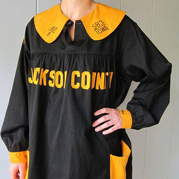 IOWA Black & Yellow Dress Gold Hawkeyes Vintage Dress Iowa Hawks School 60s Graduation Gown College Retro Herky Hawk Football Dress Womens