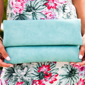 Socialite Clutch Handbag in Seafoam