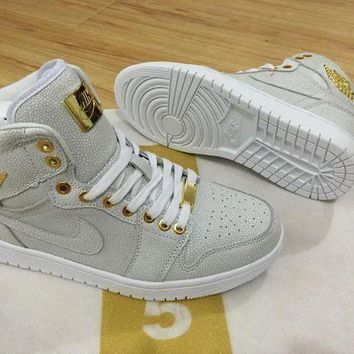 UCANUJ3V Air Jordan 1 Pinnacle 24K 1985 White/Gold Men Sport Sneaker