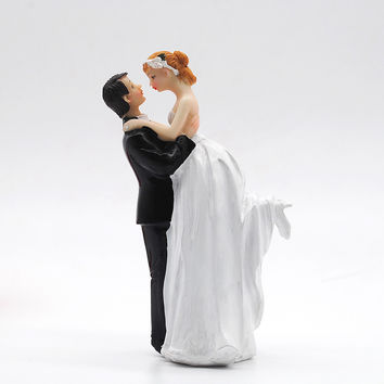 Wedding Cake Topper Bride And Groom Resin Wedding Decoration