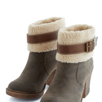 ModCloth Rustic Off to Tremblant Boot