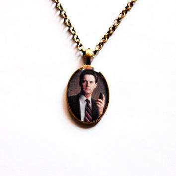 """FBI Special Agent Dale Bartholomew Cooper (Kyle MacLachlan) from Television Series """"Twin Peaks""""- Handmade Dale Cooper Cameo Pendant Necklace"""