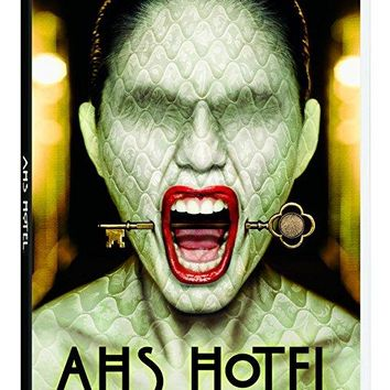 Dylan McDermott & Evan Peters - American Horror Story: Hotel