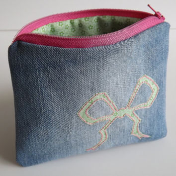 Zippered Bow Denim Coin Purse