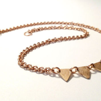Minimalist Necklace with Tiny Triangles, Geometric Necklace, Minimalist Jewelry, Bronze Jewelry, Handmade Accessories, Unique Gifts