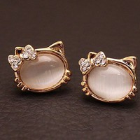 Fashion Cute Opal Cat Stud Earrings