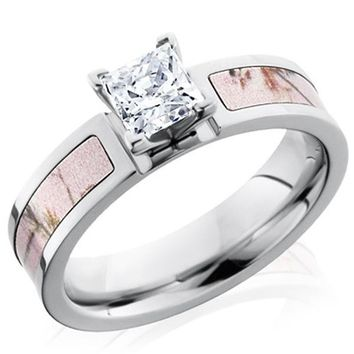 Lashbrook Realtree Pink Camo Diamond Engagement Ring