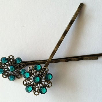 Sparkling antique bronze filligree flower by Peachykeenthings