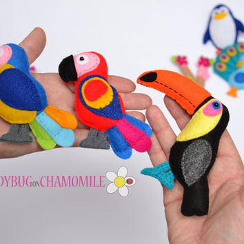 Felt Magnet BIRDS Collection - Fridge magnets - owl flamingo eagle penguin peacock parrots maccaws pelican toucan sakura branch