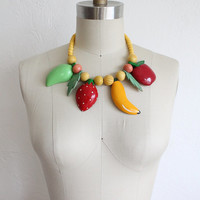 Vintage 80s Large Wood Fruit Necklace // Coco Cabana Tropical Necklace