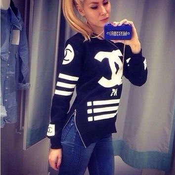 CHANEL Fashion Casual Long Sleeve Sport Top Sweater Pullover Sweatshirt White