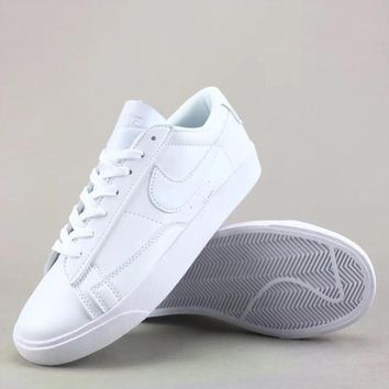 Wmns Nike Blazer Low Le Fashion Casual Low-Top Old Skool Shoes-1