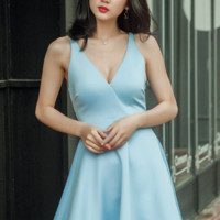 2017 low-cut sexy V-neck dress waist lace back sleeves sky blue A word dress