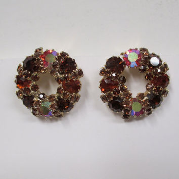 Weiss Aurora Borealis Earrings Vintage Gold Setting Wreath Red Pink Crystals Rhinestones