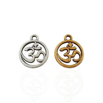 Pack of 20 Round Om Charms. Gold or Silver. 14mm x 11mm Ohm Meditate Pendants. Handmade Jewellery. Hindu Buddhist Chant Mantra Oum Prayer