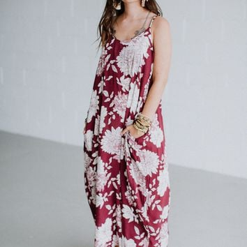 La Vie En Rose Floral Print Maxi Dress - Burgundy