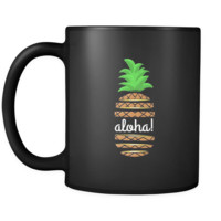 Hawaiian Pineapple Vintage Hawaii Tropical Aloha Black Mug 11oz
