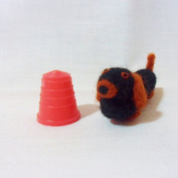 Needle Felted Sausage Dog - miniature daschund - 100% merino wool - micro animal - wool felt dog