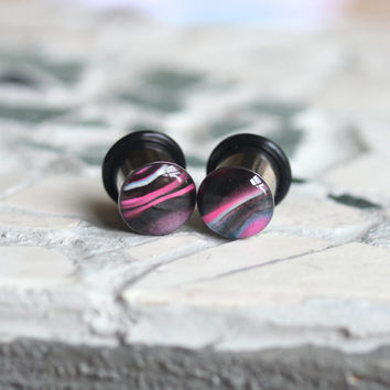 00g Pink Single Flare Plugs, Striped Plugs, 10mm Pink Plugs, Girl Plugs, Single Flare, Stretched Ears - size 00g (10mm)