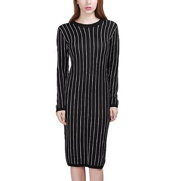[15728] Black And White Vertical Striped Casual Knit Dress