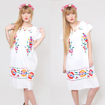 Vintage 70s MEXICAN Dress EMBROIDERED Birds & Flowers Boho Shift Dress Festival Dress Cotton Hippie Dress