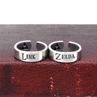 Link and Zelda Ring Set - Triforce - The Legend of Zelda - Nintendo Ring Set