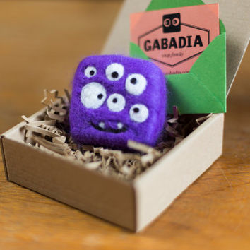 Funny soap monster for kids. Best baby bath toy. Gift for children. Felted. Purple wool and soap. Scary and funny keepsakes
