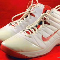 NIKE AIRMAX GO Basketball Shoes White/Red Sneakers Mens Size 14 M