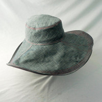 Womens Floppy Hat in Chambray : L