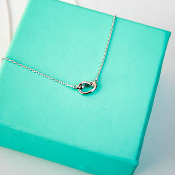 Silver Love Knot Necklace, Tie the Knot Dainty Gold Necklace, Minimalist Wedding Jewelry, Bridesmaid Pendant Necklace