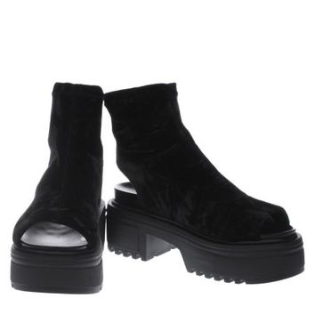 schuh black freestyle boots