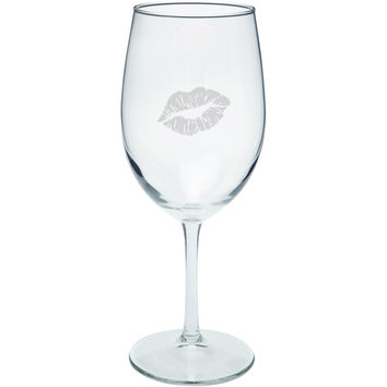 Valentine's Day - Lipstick Kiss Etched Wine Glass
