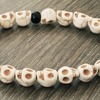 Men's Bracelet-Bone howlite skull Beaded bracelet- Man Jewelry
