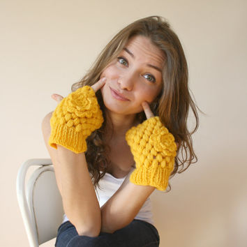 Handknit Wool Yellow  Mittens gloves Mothers Day Gift under 35
