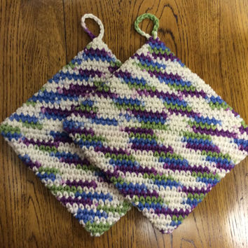 Set of 2 pot holders, hot pads, Mother's Day gift, hand crochet, house warming gift, game prize, handmade, blue, purple, green, shower gift