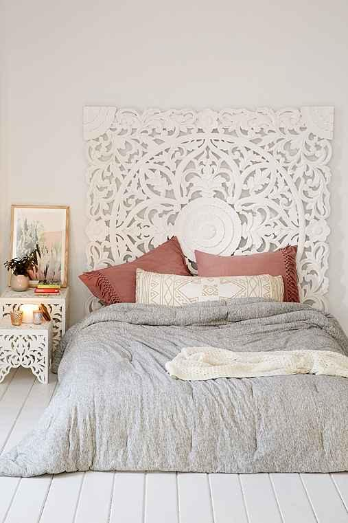 Grand sienna headboard from urban outfitters apartment for Chambre urban outfitters