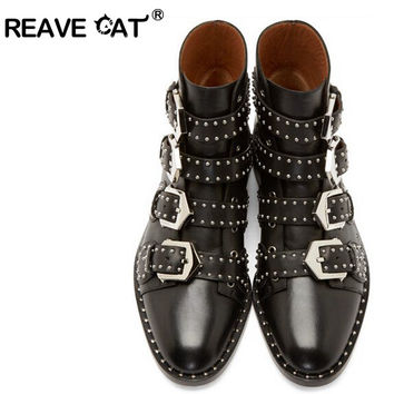 REAVE CAT Brand Genuine leather Motorcycle boots Biker Shoes Women Pointed Snow Boots Brand Shoe Famous Designer Woman Flats