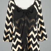 Black/Ivory Bow Chevron Top | Bellum&Rogue