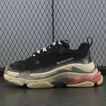 Balenciaga Triple-S Retro Fashion Do The Old Grandpa Shoes Sneaker